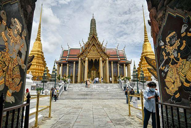 Der Grand Palace und der Tempel des Smaragd Buddha sind nun wiederzwischen 8:30 und 15:30 geöffnet.