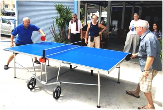 Für Spass und Spiel werden Tischtennis, Boule und Billard geboten und neu dazu kam Mini-Golf.